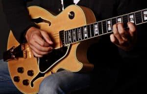 Jazz Gitarre lernen, auch für Anfänger