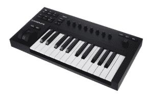 Geschenke für Gitarristen: Keyboard Native Instruments Komplete Kontrol A25